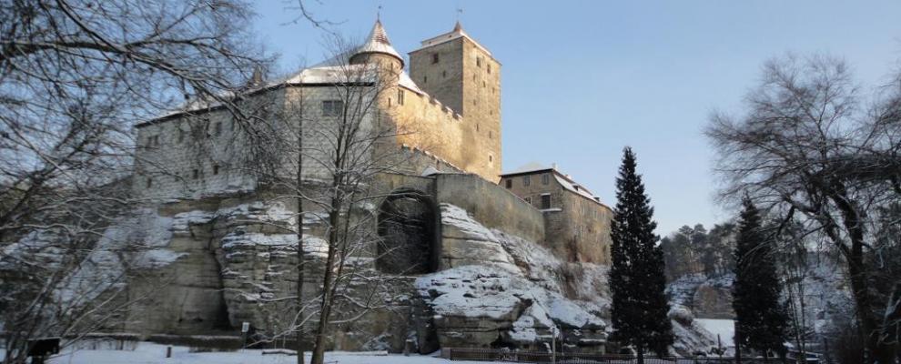 Vánoční prohlídky na hradu Kost