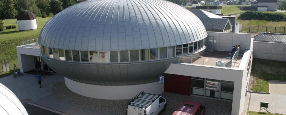 UFO? Ne, nové planetárium v Hradci Králové